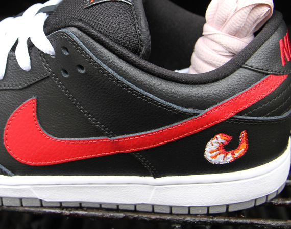 nike-sb-dunk-low-qs-shrimp-february-2012-00
